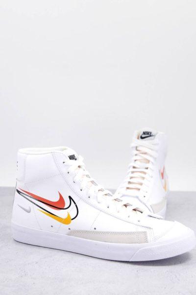 Nike blazer blanche logo colorés